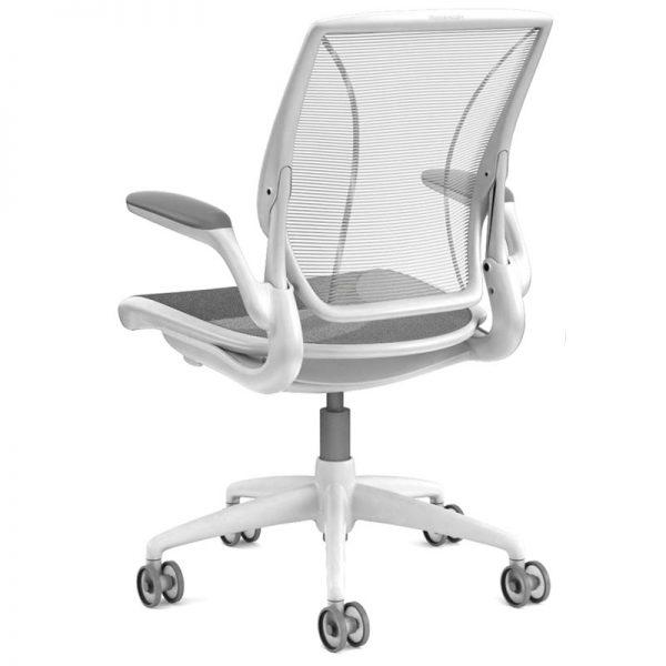 humanscale diffrient world chair 4