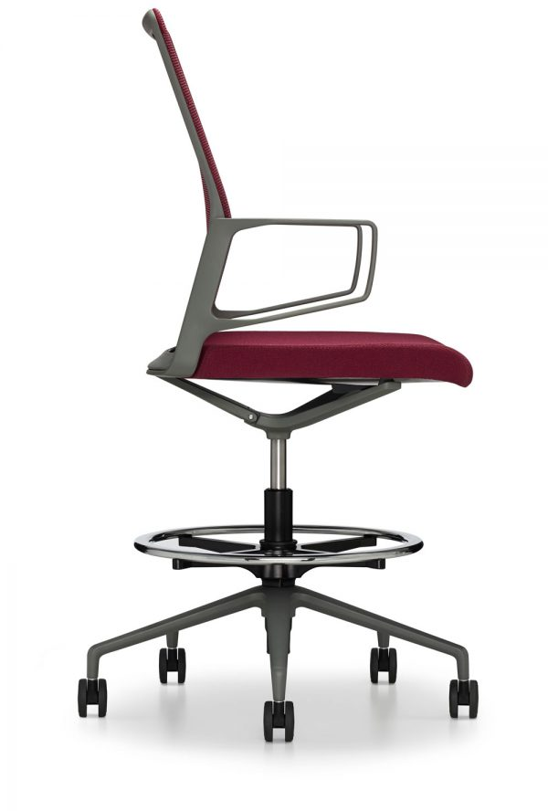 12225 profile lowres <ul> <li>available armless or with arms (with or without armcaps)</li> <li>aluminum, nylon, or jury base, and a work stool height option</li> <li>aluminum frames and bases are available polished or powder-coated in four colors: black, dark grey, warm grey, and white</li> <li>nylon bases, mesh carriers, and arm caps are vailable in black, dark grey, and warm grey</li> </ul>