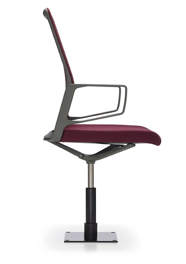 aesync 11226 jury profile lowres <ul> <li>available armless or with arms (with or without armcaps)</li> <li>aluminum, nylon, or jury base, and a work stool height option</li> <li>aluminum frames and bases are available polished or powder-coated in four colors: black, dark grey, warm grey, and white</li> <li>nylon bases, mesh carriers, and arm caps are vailable in black, dark grey, and warm grey</li> </ul>