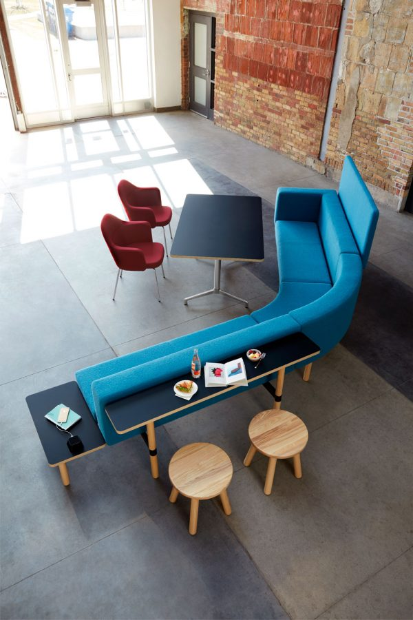 collo keilhauer alan desk 14 <ul> <li>available in multiple textiles & com</li> <li>arm or armless option</li> <li>5 star aluminum base or nylon base available in black, warm grey, and dark grey</li> <li>available as a guest & lounge chair</li> </ul>