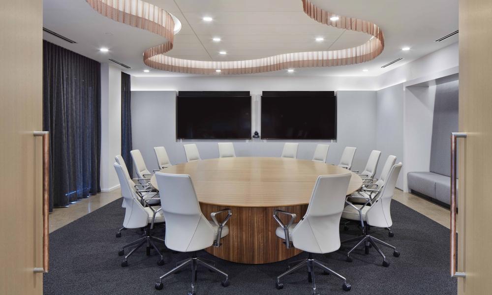 flow-conference-table-custom-paldao-veneer-round-top-dealer-atmosphere-designer-studio-bv_md