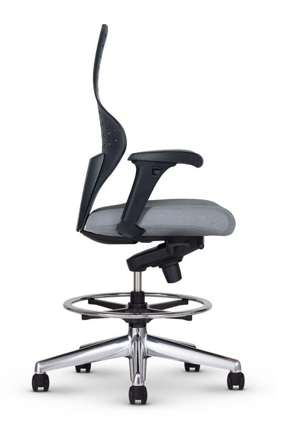 junior task chair keilhauer alan desk 3