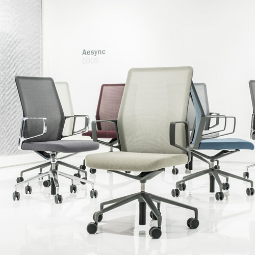 keilhauer 3019 showroom lowres <ul> <li>available armless or with arms (with or without armcaps)</li> <li>aluminum, nylon, or jury base, and a work stool height option</li> <li>aluminum frames and bases are available polished or powder-coated in four colors: black, dark grey, warm grey, and white</li> <li>nylon bases, mesh carriers, and arm caps are vailable in black, dark grey, and warm grey</li> </ul>