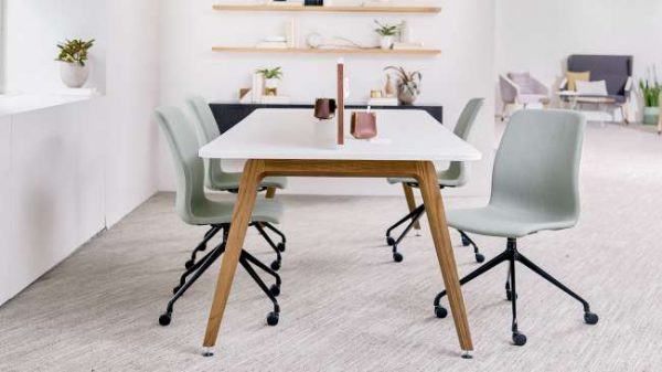 ofs elevenables cafe dining alan desk 2 <ul> <li>available as a community, meeting, and conference table</li> <li>materials: wood veneer, laminate, and solid surface tops</li> </ul>