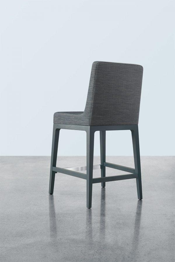 ruben lounge seating keilhauer alan desk 4