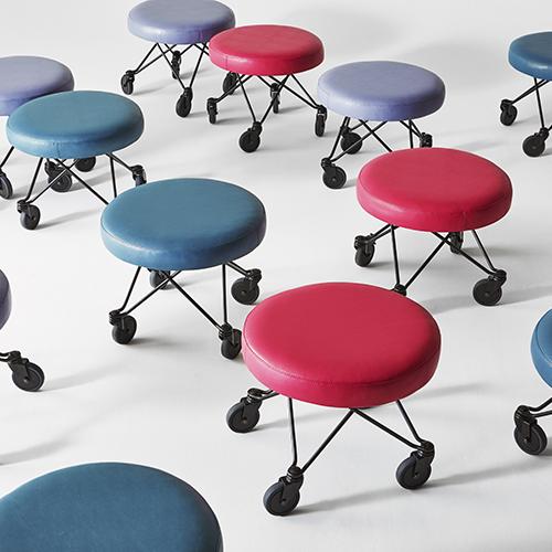 wheels lounge seating keilhauer alan desk 9