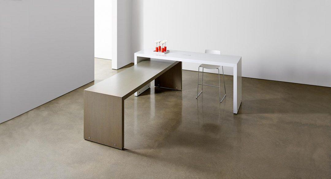 Alan Desk Hugo Parsons Table Halcon