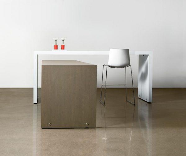 hugo parsons table halcon alan desk 3
