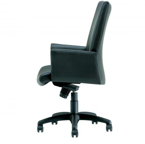 panam management seating krug alan desk 11