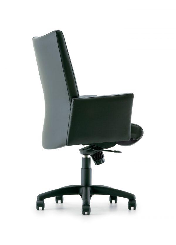 panam management seating krug alan desk 6