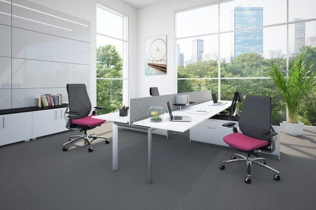 Sol Task chair with black mesh and pink fabric