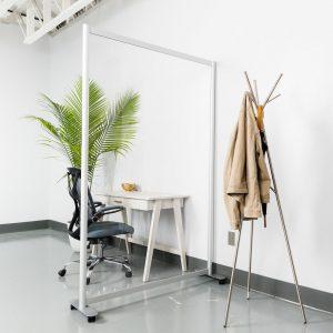 Split-Acrylic-Alan-Desk