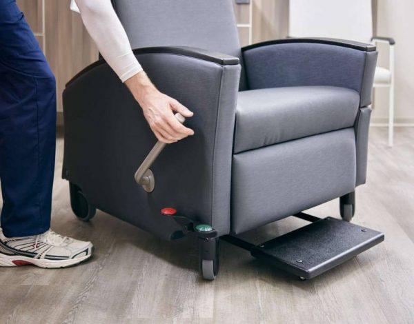 ofs carolina voyage recliner healthcare alan desk 7