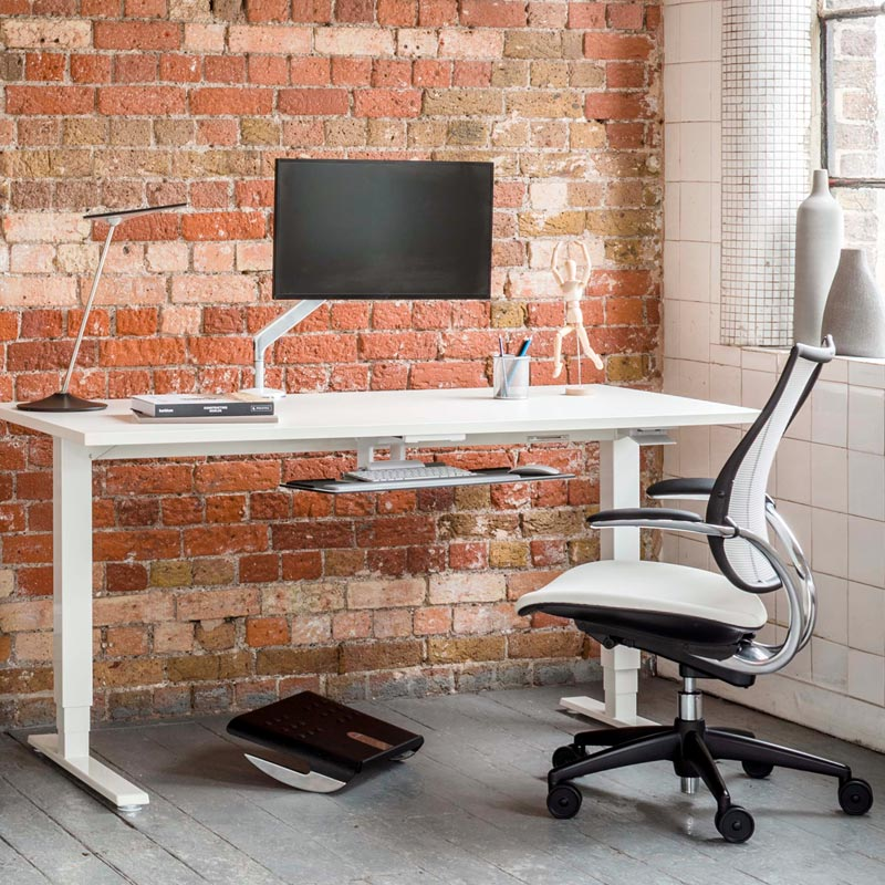 alan_desk_humanscale_home_office