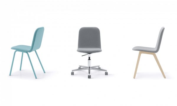Mojo chair with casters and lift